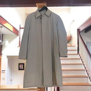 London Fog Man long rain coat with removable liner